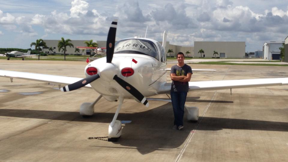 Flying the Cirrus SR-20